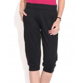 PUMA BLACK CAPRI SWEAT PANTS