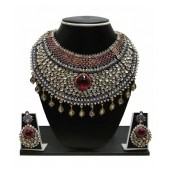 Zaveri Pearls Grand Kundan Necklace Set